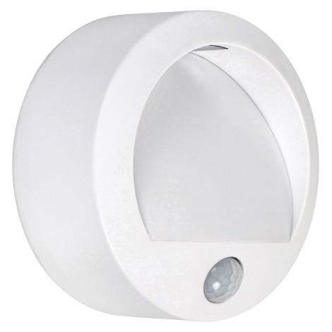 Rabalux - LED Zunanja Stenska svetilka s senzorjem LED/1,5W/3xAA IP44 bela
